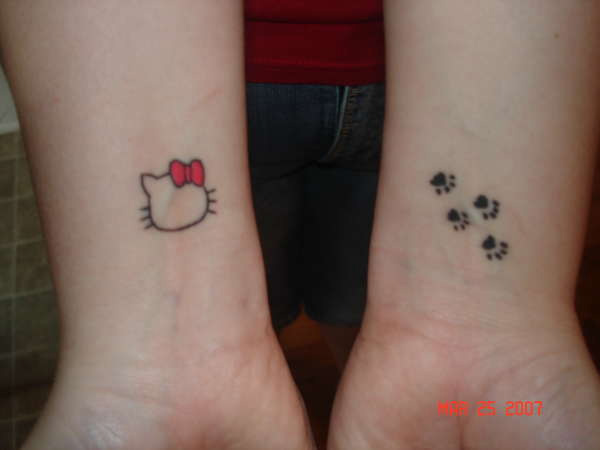 cute-hello-kitty-tattoo