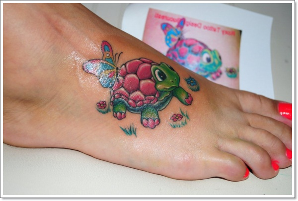 turtle-tattoo on foot