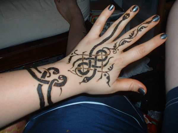30 hand tattoo designs for boys and girls for Female hand tattoos images