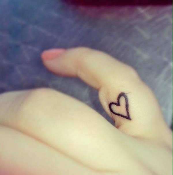 heart tattoos designs (87)