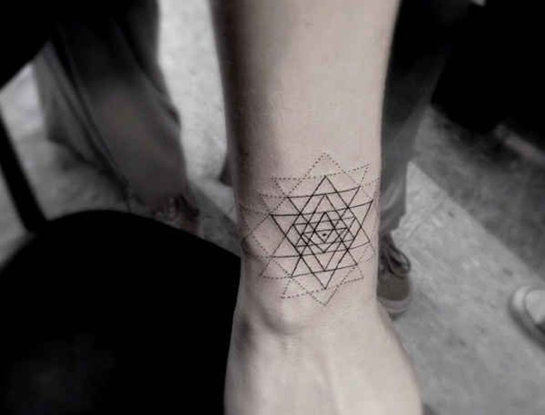 geometric tattoo designs (49)