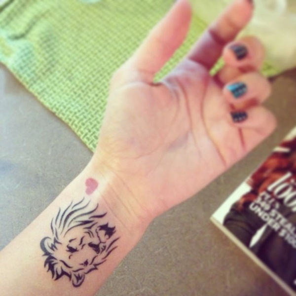 lion tattoo ideas (54)