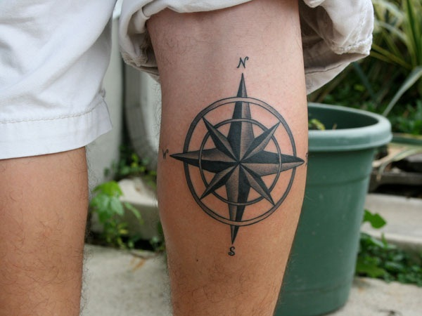 Artisticly Rich Compass Tattoo Designs (59)