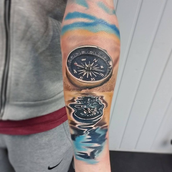 Artisticly Rich Compass Tattoo Designs (71)