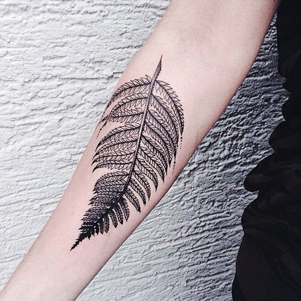 Unforgettable Leaf tattoo Designs (12)