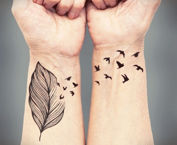Unforgettable Leaf tattoo Designs (18)