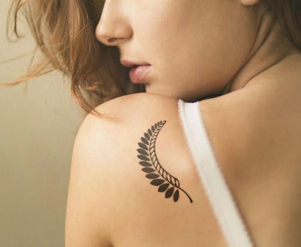 Unforgettable Leaf tattoo Designs (21)
