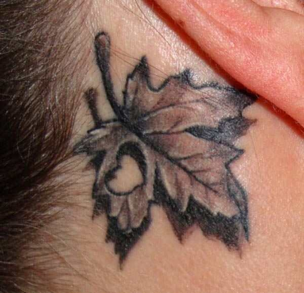 Unforgettable Leaf tattoo Designs (25)