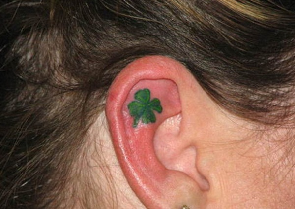 Unforgettable Leaf tattoo Designs (29)
