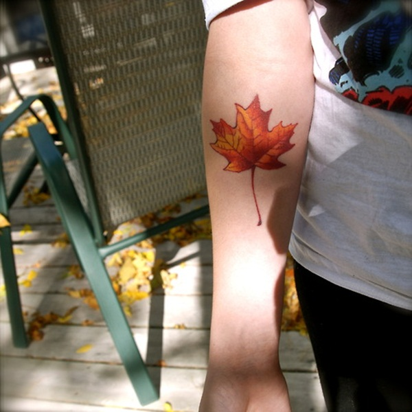 Unforgettable Leaf tattoo Designs (66)
