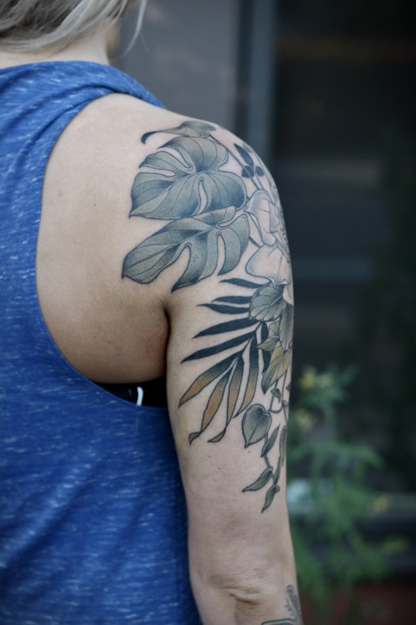 Unforgettable Leaf tattoo Designs (79)