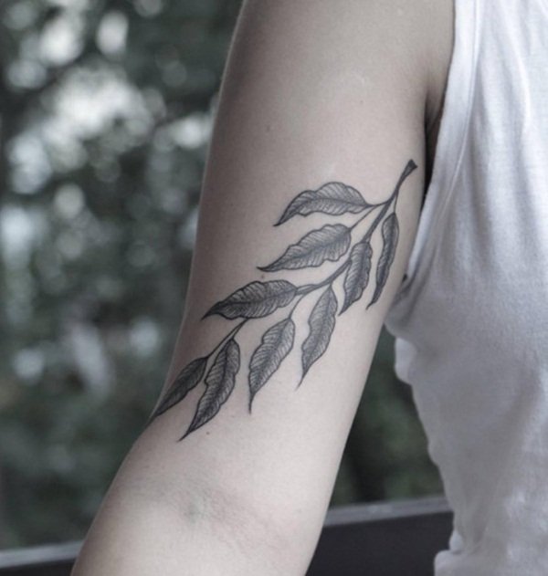 Unforgettable Leaf tattoo Designs (82)