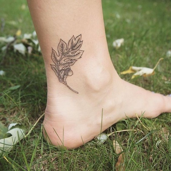 Unforgettable Leaf tattoo Designs (83)