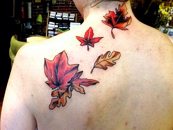 Unforgettable Leaf tattoo Designs (86)